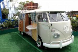 Vado a vivere in un furgoncino della Volkswagen: ecco la realtà
