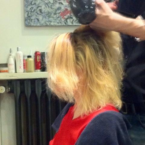 SOS capelli ricci  quando il parrucchiere ti rovina i capelli col ... a0f7d35b91a8